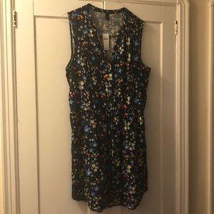 GAP fun sleeveless dress